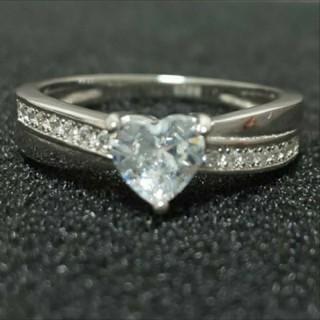 SWAROVSKI - f37❇️ジョリージョーカー❇️純銀製ダイヤモンドキュービックジルコニア リング