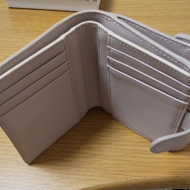 Furla(フルラ)の最終値下げ!FURLA折りたたみ財布 レディースのファッション小物(財布)の商品写真