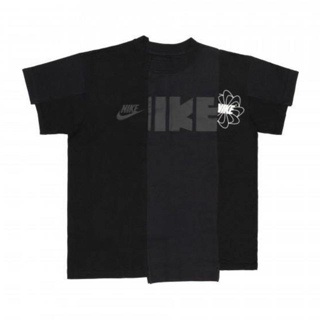 NIKE(ナイキ)のNIKE sacai コラボTシャツ XSサイズ レディースのトップス(Tシャツ(半袖/袖なし))の商品写真