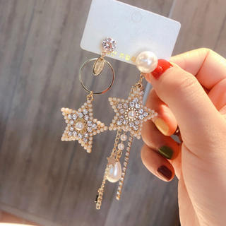 Demi-Luxe BEAMS - 新品インポート♡星 スター アシンメトリー パール ビジュー ピアス
