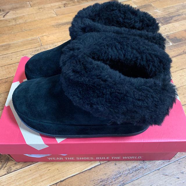 fitflop(フィットフロップ)の新品  フィットフロップ  MUKLUK  ボア ブーツ 厚底 レディースの靴/シューズ(ブーツ)の商品写真