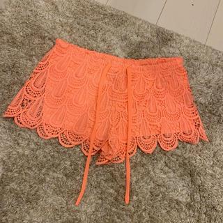 エイチアンドエム(H&M)のH&M ネオンオレンジパンツ 夏物セール(ショートパンツ)