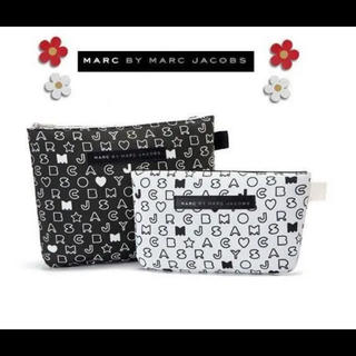 *MARC BY MARC JACOBS ポーチ*