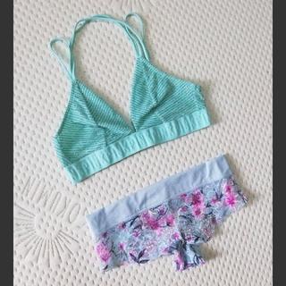 ヴィクトリアズシークレット(Victoria's Secret)の新品 Victoria's Secret ブラレット & ショーツ(ブラ&ショーツセット)