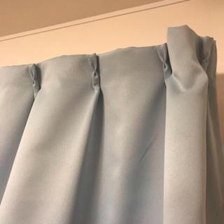ニトリ(ニトリ)のカーテン  100✖️135 2枚(カーテン)