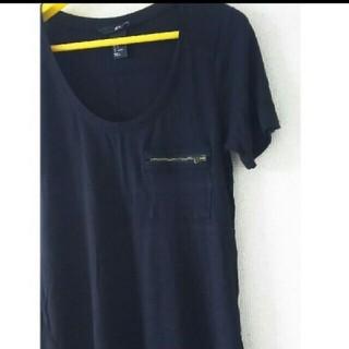エイチアンドエム(H&M)のジップポケット Tシャツ(Tシャツ(半袖/袖なし))