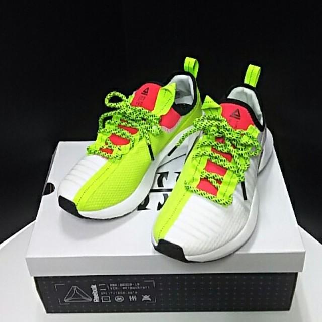 Reebok(リーボック)の最値定価1万!新品!リーボック ソールフューリー高級スニーカー 25cm レディースの靴/シューズ(スニーカー)の商品写真