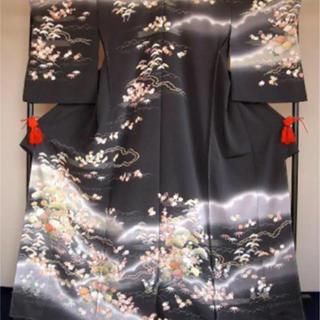 新品 丹後ちりめん使用 手描き友禅 訪問着 小菊に霞柄 濃いグレー 正絹(着物)