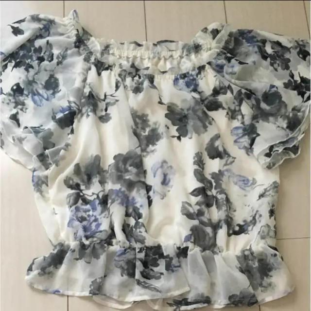 INGNI(イング)の花柄 トップス レディースのトップス(カットソー(半袖/袖なし))の商品写真