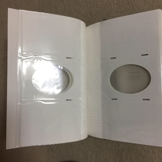 コクヨ(コクヨ)のコクヨ フォトアルバム キッズ/ベビー/マタニティのメモリアル/セレモニー用品(アルバム)の商品写真