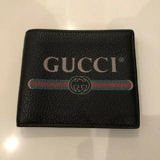 Gucci - グッチ 二つ折り財布 ブラック シェリーライン レザー 小銭入れ付き 財布
