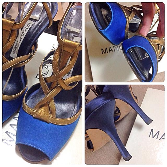 MANOLO BLAHNIK(マノロブラニク)のマノロブラニク ロイヤルブルー サンダル レディースの靴/シューズ(サンダル)の商品写真