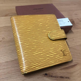 LOUIS VUITTON - ☆未使用品☆ルイヴィトン 財布 エピ イエロー