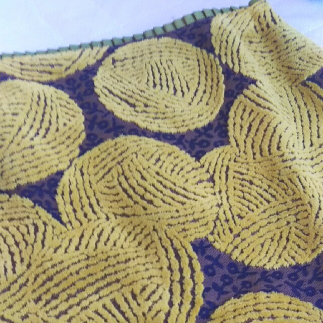mina perhonen(ミナペルホネン)のミナペルホネンwoolyball新品未使用 レディースのスカート(ひざ丈スカート)の商品写真