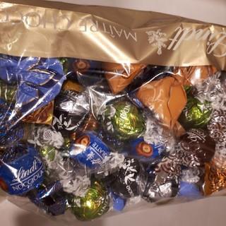 Lindt - 40%オフ リンツ リンドール リンツ チョコレート 詰め合わせ 600g 1袋