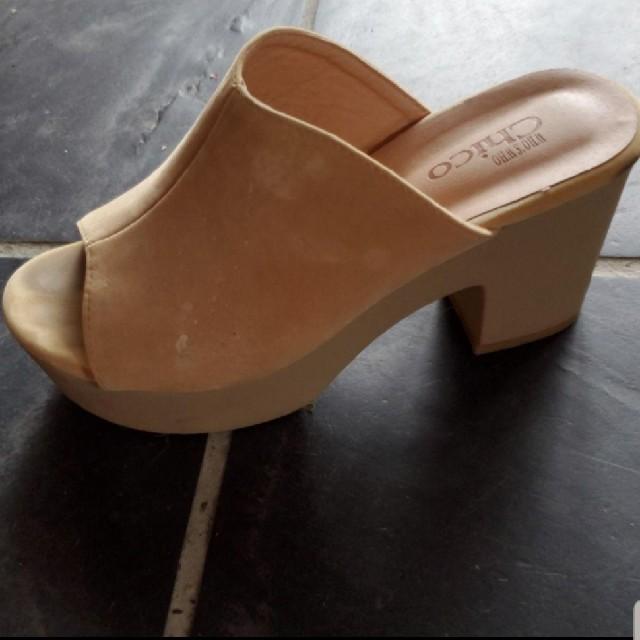 who's who Chico(フーズフーチコ)のwho's who Chico サボサンダル レディースの靴/シューズ(サンダル)の商品写真