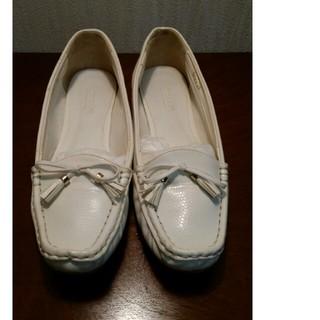 オデットエオディール(Odette e Odile)の☆オデットデオディール白ローファー☆(ローファー/革靴)