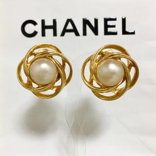 CHANEL - 正規品 シャネル イヤリング ゴールド パール 花 フラワー 金 リボン 真珠