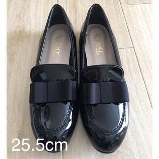 ベティクラブ(BETTYCLUB)のローファー エナメル ブラック 25.5cm(ローファー/革靴)