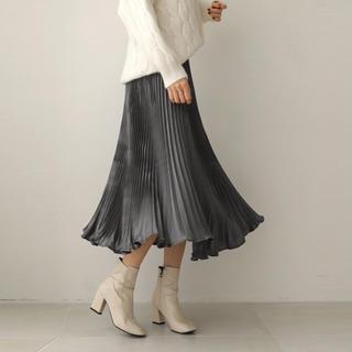 Mila Owen - ゆらゆらプリーツスカート