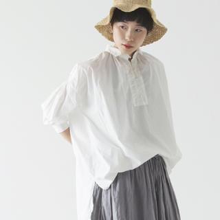 nest Robe - ネストローブ コットンロングギャザーシャツ  オフシロ