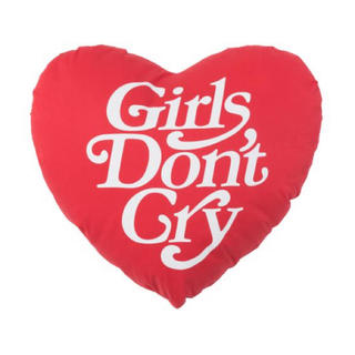 GDC - girls don't cry heart shape pillow クッション