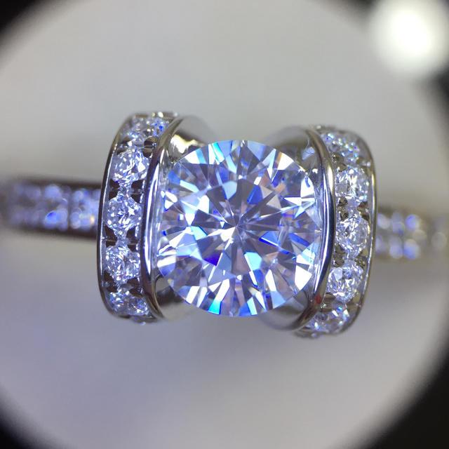 Tiffany & Co.(ティファニー)の高品質 モアッサナイト  リング  指輪 レディースのアクセサリー(リング(指輪))の商品写真