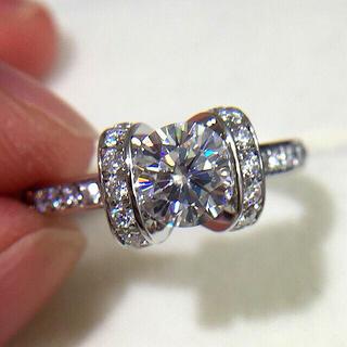 ティファニー(Tiffany & Co.)の高品質 モアッサナイト  リング  指輪(リング(指輪))