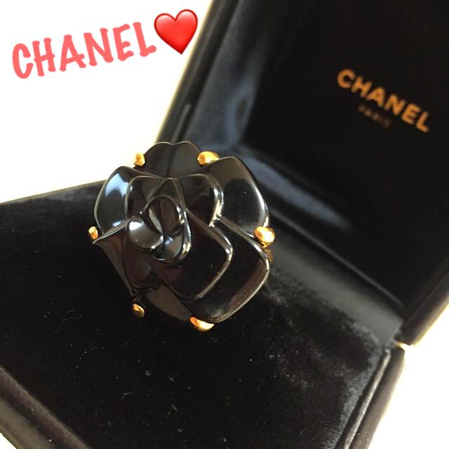 CHANEL(シャネル)の✨定50万 シャネル カメリア オニキス×YG✨ファインジュエリー リング✨  レディースのアクセサリー(リング(指輪))の商品写真