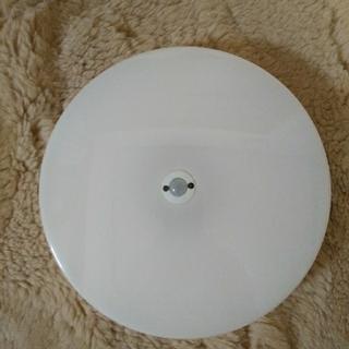 アイリスオーヤマ(アイリスオーヤマ)の小型シーリングライト 薄型 人感センサー付(蛍光灯/電球)
