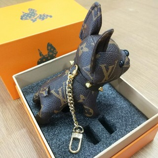 LOUIS VUITTON - ルイヴィトンLV キーホルダー 可愛い犬 美品 バッグ飾り