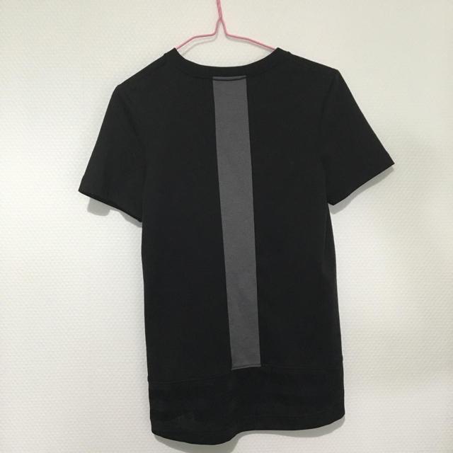 NIKE(ナイキ)のNIKE  Tシャツ  【最終値下げ】 レディースのトップス(Tシャツ(半袖/袖なし))の商品写真