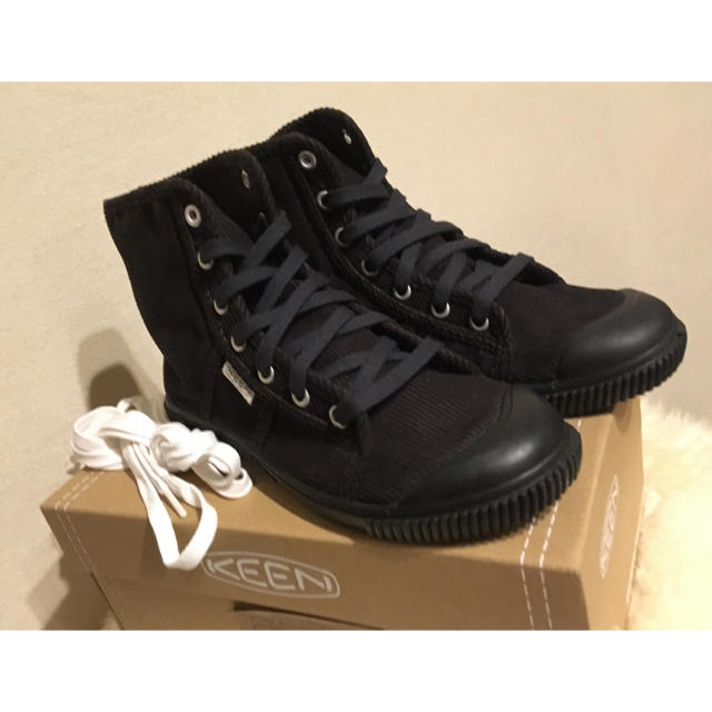 KEEN(キーン)の【新品未使用】KEEN キーン ハイカットスニーカー コーデュロイ レディース レディースの靴/シューズ(スニーカー)の商品写真