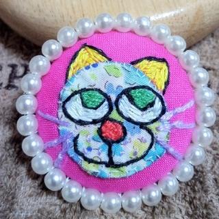 猫ちゃんのブローチ☆パール