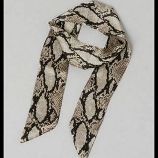 ジーナシス(JEANASIS)のパイソンホソスカーフ(バンダナ/スカーフ)