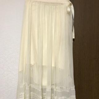 リリーブラウン(Lily Brown)のリリーブラウン チュールプリーツスカート(ロングスカート)