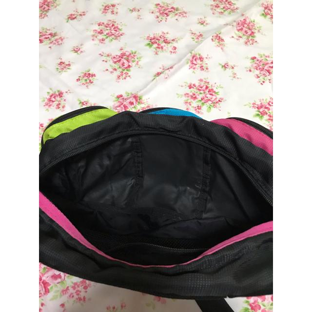 Columbia(コロンビア)のコロンビアのカラフルなショルダーバッグ メンズのバッグ(ショルダーバッグ)の商品写真
