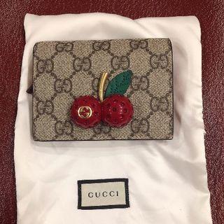 Gucci - GUCCI チェリー二つ折り財布
