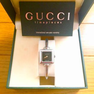 Gucci - 【大特価!!】LADIES GUCCI スクエア腕時計 1900L ブラック🎀