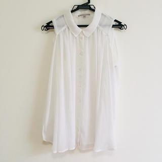 ギャップ(GAP)のノースリーブトップス(シャツ/ブラウス(半袖/袖なし))