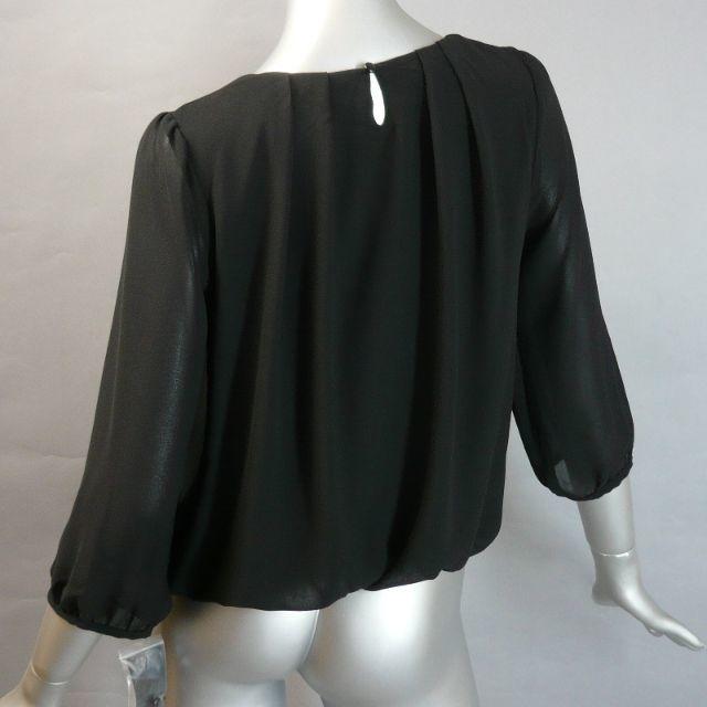 冠婚葬祭やフォーマルにも!黒のパール付きブラウス・送料込 レディースのフォーマル/ドレス(礼服/喪服)の商品写真