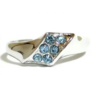 SWAROVSKI - ✨定価6780円✨★SWAROVSKI★斜めライン アクアマリン Silver