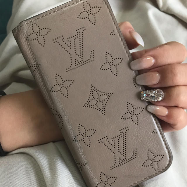 LOUIS VUITTON - マヒナ ルイヴィトンの通販