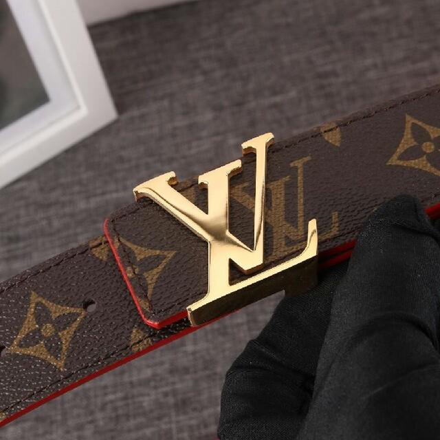LOUIS VUITTON(ルイヴィトン)のLouis Vuitton ルイヴィトン ベルト ゴ—ルド金具   メンズのファッション小物(ベルト)の商品写真