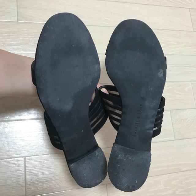 Charles and Keith(チャールズアンドキース)のチャールズアンドキース サンダル黒 値下げ レディースの靴/シューズ(サンダル)の商品写真