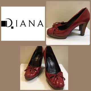 DIANA - ダイアナ レッドエナメル  リボンパンプス