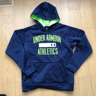 アンダーアーマー(UNDER ARMOUR)の美品 アンダーアーマー パーカー(Tシャツ/カットソー)