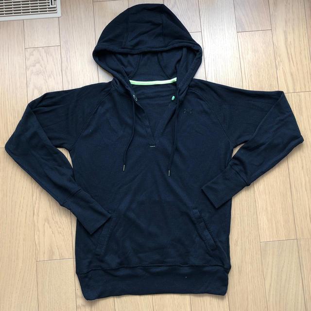 UNDER ARMOUR(アンダーアーマー)の未使用 アンダーアーマー   レディースのトップス(Tシャツ(長袖/七分))の商品写真