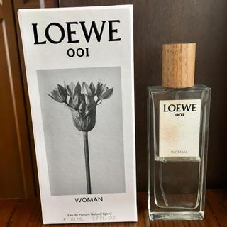 ロエベ(LOEWE)のLOEWE 001 WOMAN オードゥ パルファン 香水 50ml 中古 (香水(女性用))