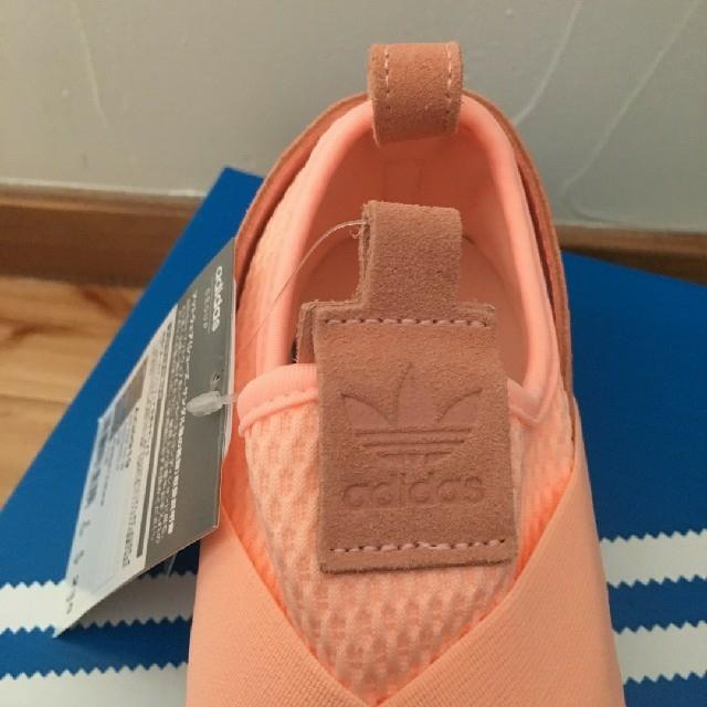 adidas(アディダス)の【新品】adidas スリッポン(ピンク:23.5cm) レディースの靴/シューズ(スリッポン/モカシン)の商品写真